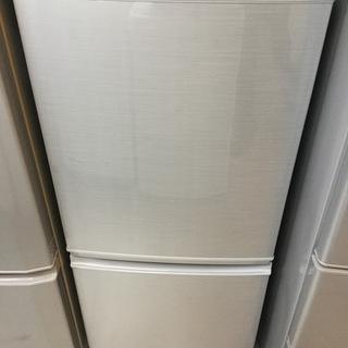 【送料無料・設置無料サービス有り】冷蔵庫 2017年製 SHARP...