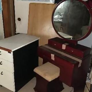 木製レトロ家具