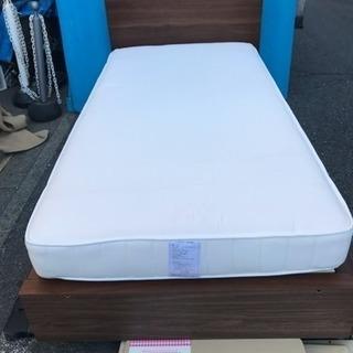 良品計画シングルベッド