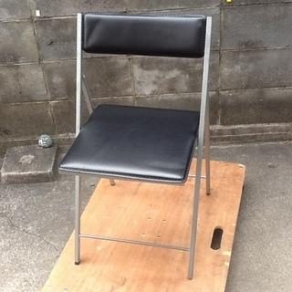 【オススメ・ロック価格】折りたたみチェア、椅子 ニトリの1900円...