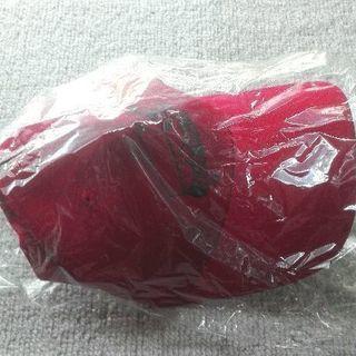 新品未使用。アズール 帽子(フリーサイズ) 赤