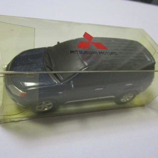 アウトランダー ミニカー プルバックカー 新品未使用