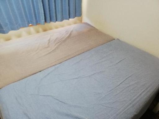 大幅値下げ!無印良品☆脚つきマットレスベッドシングル2つ!難あり(ベッド用カバーもおつけします) (ponta)  戸田のベッド《シングルベッド》の中古あげます・譲ります|ジモティーで不用品の処分
