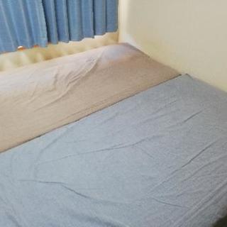 大幅値下げ!無印良品☆脚つきマットレスベッド シングル2つ!難あ...