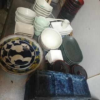 100円。早い者勝ち!(^^)/閉店した和食屋さんのものです。和...