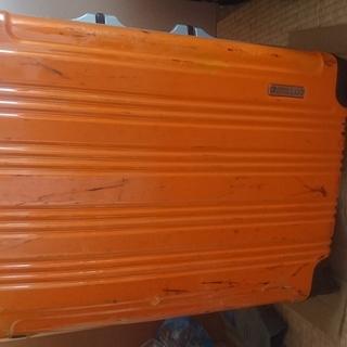 スーツケース オレンジ色 無料