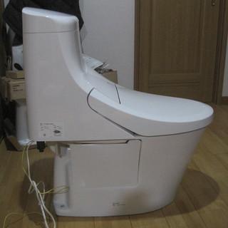 シャワートイレ一体型便器 LIXIL INAX 工事条件付 開封...