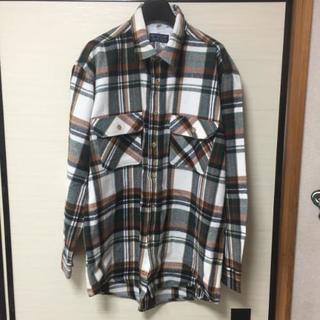 チェックシャツ(^-^)