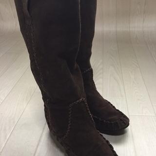 シルエットがきれい◆ブーツ 靴 他にはない模様 ブラウン 23.0㎝