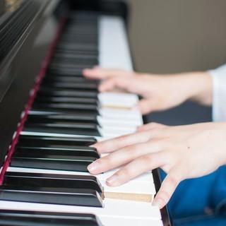 ピアノの伴奏をします♪