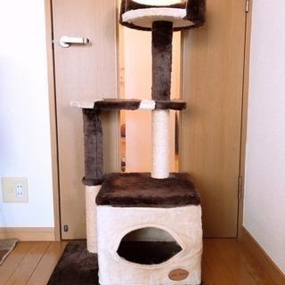 ほぼ未使用のキャットタワー