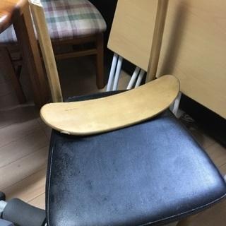 背もたれが壊れた椅子 DIY