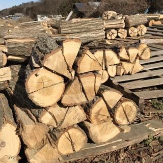業務用薪 ピザ窯用 薪ストーブ用 大量購入の場合茂木近郊無料配達します