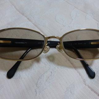 シャネルのメガネ 高級 状態良し