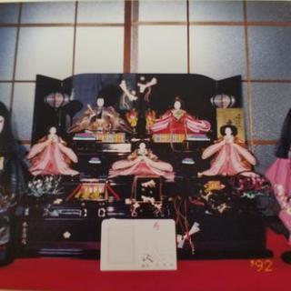 雛人形。5人飾り。台座付き。