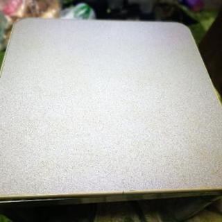 折りたたみコタツこたつ動作確認済み60X60cmテーブル裏表あり 白