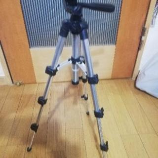 カメラ三脚 500円