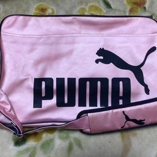 プーマ エナメルバッグ