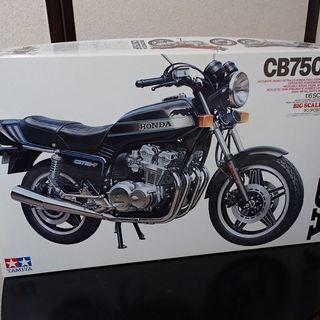 【終了】未組立 1/6 HONDA CB750F プラモデル