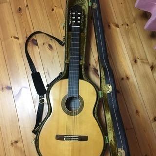 クラシックギター  ハードケース付き