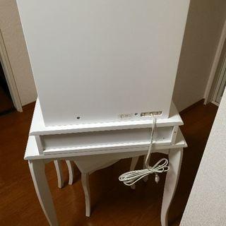小型ドレッサー・椅子 ぐらつき有り