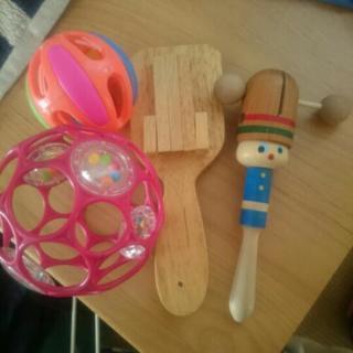 音のなるおもちゃ  0歳から2歳対象