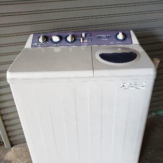 東芝の2槽式洗濯機の中古品です。