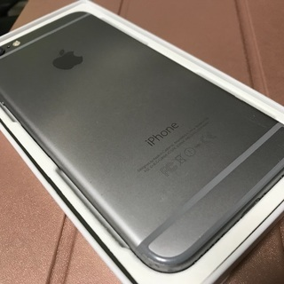 iPhone 6 Space Gray 64 GB 取引中