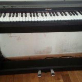 ローランドの電子ピアノ