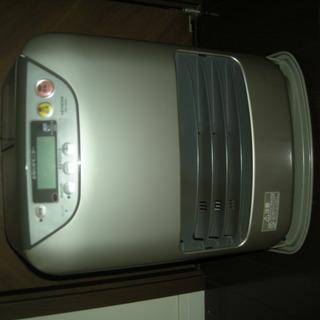 2002年製・日立ファンヒーター