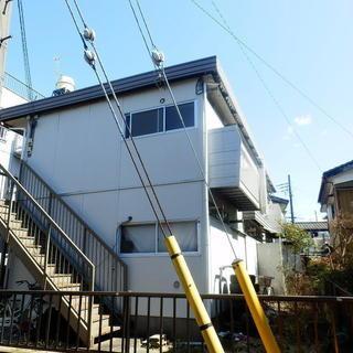 フリーレント利用可能!2人入居可能! 草加市中根の2Kの2階角部屋