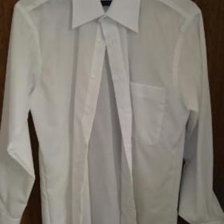 試着程度のYシャツ