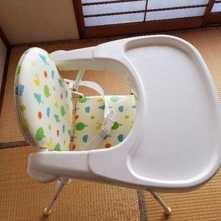 赤ちゃん、幼児の食卓用椅子