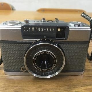 カメラ 2000円