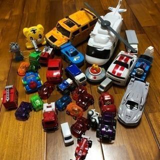 ミニカーのおもちゃなどなどいろいろ