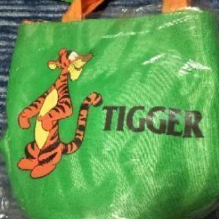 未使用、タグ付きディズニーティガーの手提げバッグ