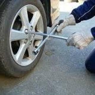 タイヤ交換します。
