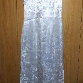 純白  チャイナドレス