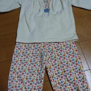 ノーブランド パジャマ 長袖 95サイズ 西松屋 花柄 裏起毛