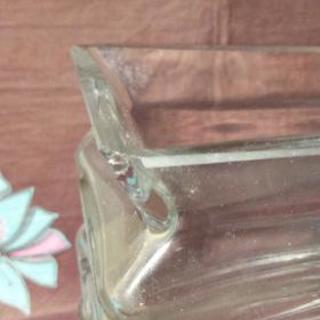 ガラス製の花瓶 物々交換でもOKです🍀 - 家具