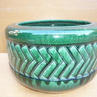 陶器製の火鉢