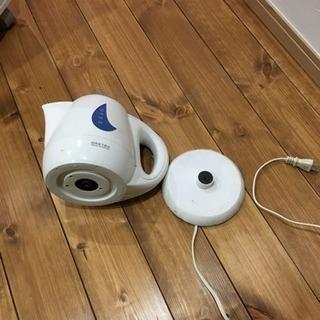 電気湯沸かし器