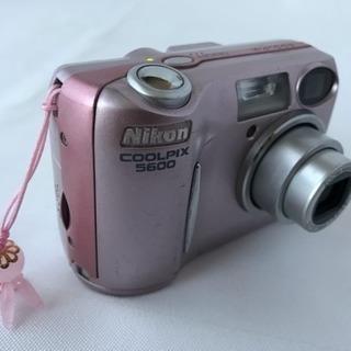 ニコン  COOLPIX  E5600