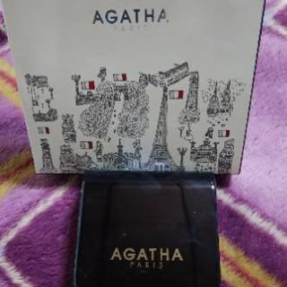 ファンデーション AGATHA