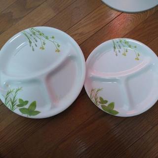 CORELLE 皿大小1枚ずつ 美品