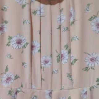 LDprimeの花柄シフォンワンピース M - 小山市