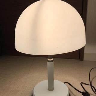 テーブルライト ホワイト 照明