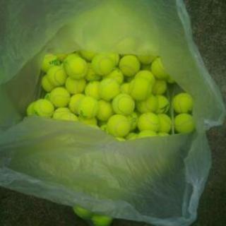 使用済み中古テニスボール2ー6