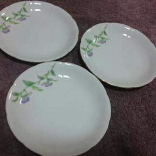 【お譲りします】白い皿3枚【Shozan】