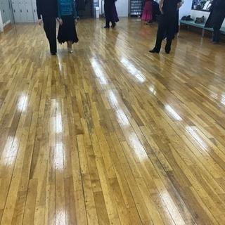 ダンスをする女性が綺麗なのはなぜ?